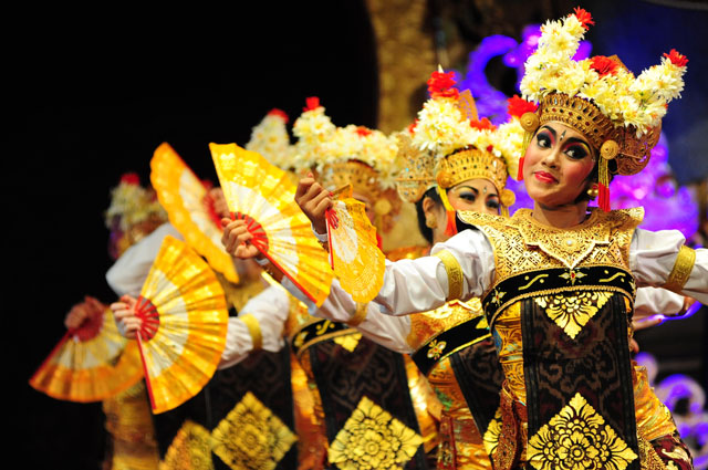 Gamelan Sekar Jaya will performance Balinese music and dance Friday Nights at OMCA