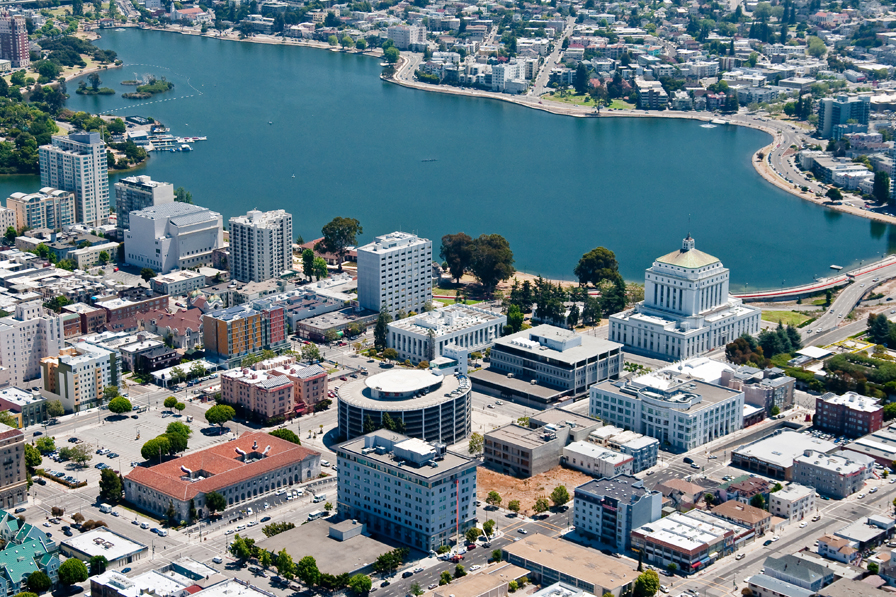 Lake Merritt. Photo by Steven Dos Remedios. Courtesy of Visit Oakland