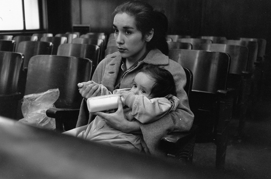 Dorothea Lange, Defender, Mother with Baby, 1957. © The Dorothea Lange Collection, the Oakland Museum of California, City of Oakland. Gift of Paul S. Taylor.