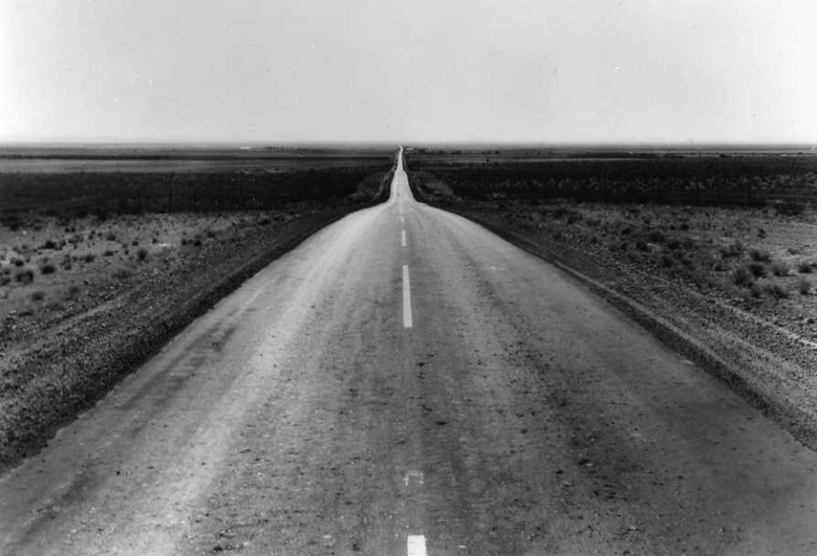 Dorothea Lange, The Road West, New Mexico, 1938. © The Dorothea Lange Collection, the Oakland Museum of California, City of Oakland. Gift of Paul S. Taylor.