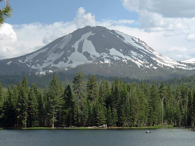 Mount Lassen by Roy Scribner