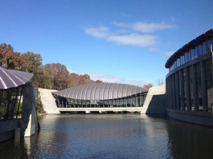 Crystal Bridges Museum. Photo: Brad Holt