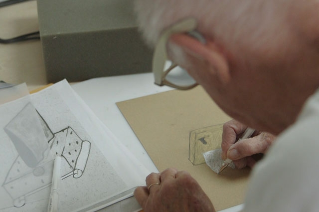 Ron Nagle planning out a sculpture