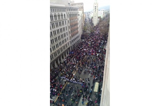 A sixth-floor view of the Women's March from 14th and Broadway. Photo: Susan Marchionna