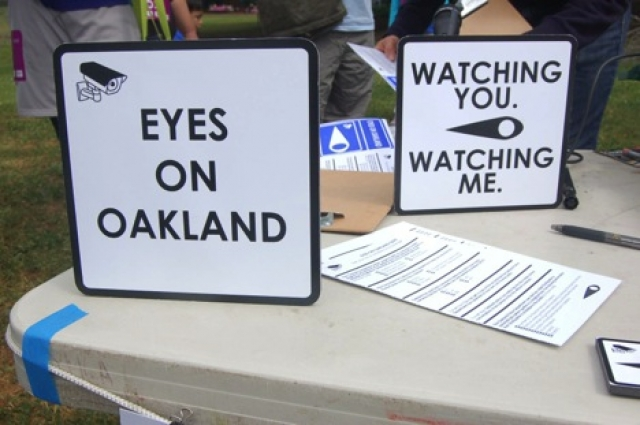 Eyes on Oakland, a mobile art project created by Chris Treggiari and Peter Foucault.