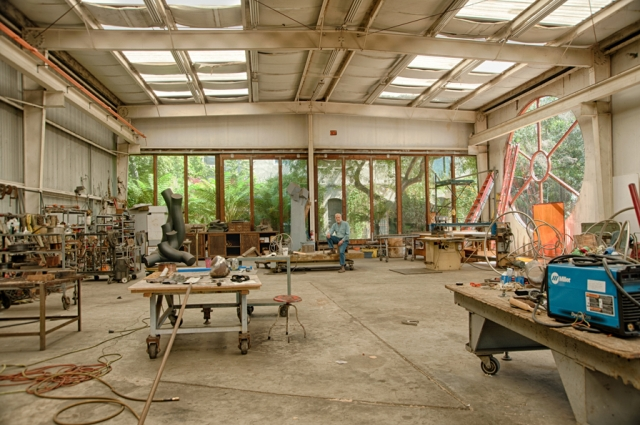 The interior of the studio built at 320 Lewis Street, adjacent to the sculpture garden and original studio at Bruce Beasley's West Oakland studio complex. Photo: Terry Lorant. Courtesy of Oakland Museum of California.