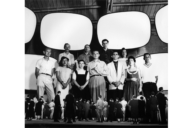 The World of Charles and Ray Eames. Office staff with model for Glimpses of the U.S.A, Moscow 1959 ∏ Eames Office LLC